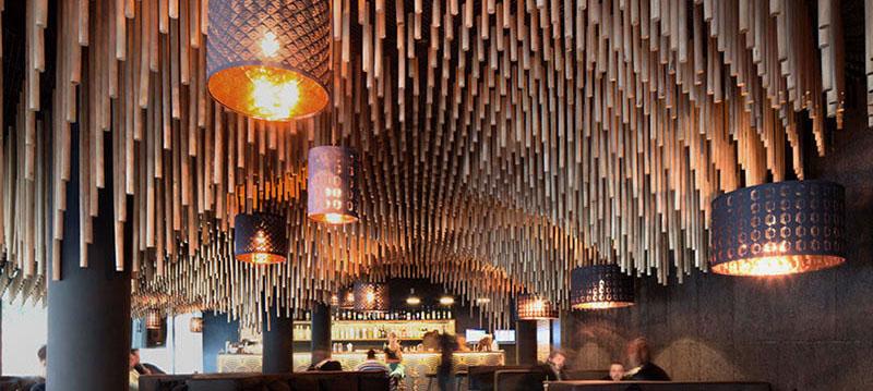 空间设计 保加利亚的木桩酒吧